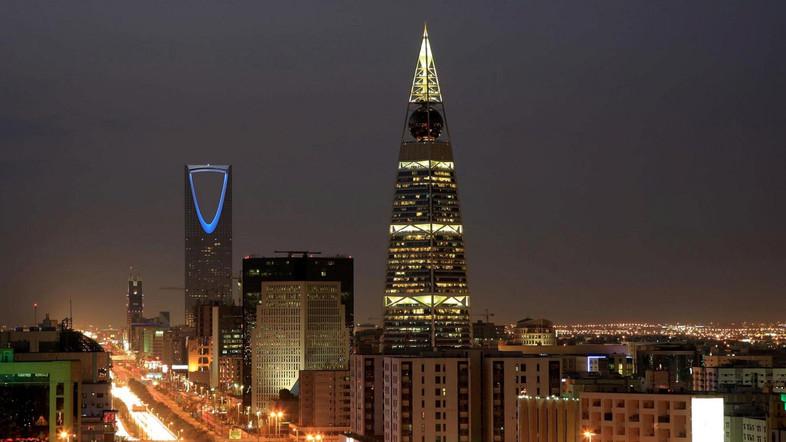 How do I get a visa to Dubai?